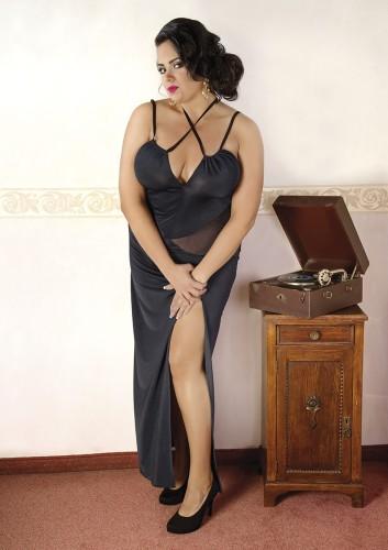 93cbc1fef2a416 Zmysłowa, długa czarna sukienka mogąca być zarówno bielizną erotyczną jak  również sukienką na niezobowiązujące wyjście