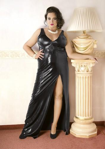 53443e19076515 Zmysłowa, długa czarna suknia XXL z tkaniny dzianiny wet look ...
